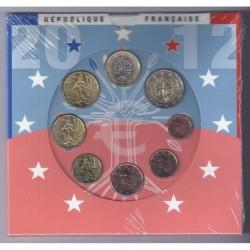 FRANCE - COFFRET EURO BRILLANT UNIVERSEL CLASSIQUE 2012 - 8 PIECES