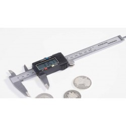 Aluminum Digital Sliding Gauge with measuring range of up to 150 mm - REF 308684