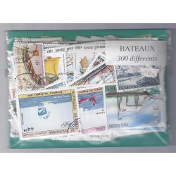 A BATCH OF 300 STAMPS ON THE THEME OF BOATS