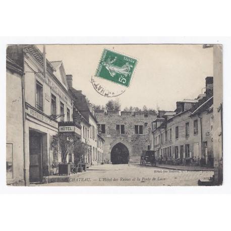 02380 coucy le chateau lhotel des ruines et la porte for Porte et fenetre de l est