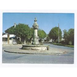 02470 - NEUILLY SAINT FRONT - FONTAINE DU BOUT-DU-MONT - AVENUE DE LA GARE