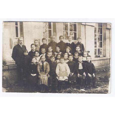 02600 - FAVEROLLES - PHOTO DE CLASSE 1918