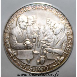 ALLEMAGNE - MEDAILLE - DIALOGUE ENTRE LES DEUX ALLEMAGNES À CASSEL - 21.05.1970
