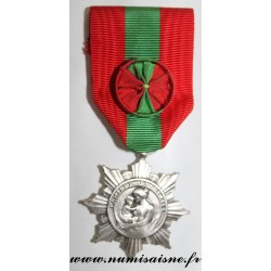 County 02 - MEDAL - INDUSTRIAL AND COMMERCIAL SOCIETY - SUGAR COMPANY