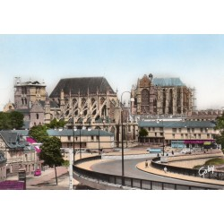 County 60000 - OISE - BEAUVAIS - CATHEDRALE AND ST- ETIENNE CHURCH