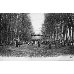 County 60200 - OISE - COMPIEGNE - THE PARK AND KIOSK