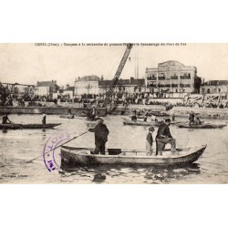 County 60100 - OISE - CREIL - BOATS FOLLOWING THE BLASTING OF THE IRON BRIDGE