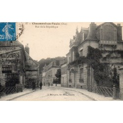County 60240 - OISE - CHAUMONT IN VEXIN - Republic Street