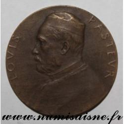 MEDAL - MEDICINE - LOUIS PASTEUR 1822 - 1922