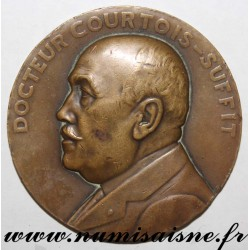 MEDAL - MEDICINE - DOCTOR COURTOIS-SUFFIT