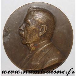 MEDAL - MEDICINE - DOCTOR LOUIS OMBRÉDANNE