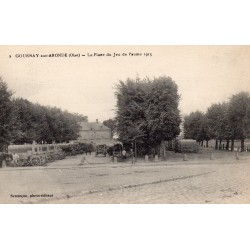 County 60190 - OISE - GOURNAY-SUR-ARONDE - THE PLACE OF THE PALM GAME - 1915